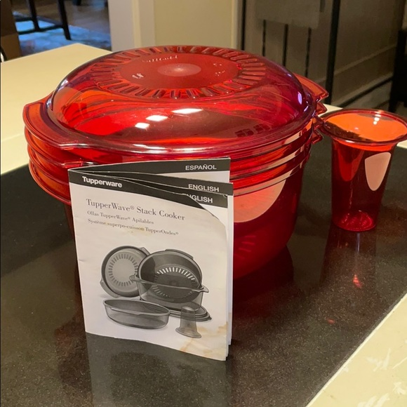 Red Tupperware Stack Cooker